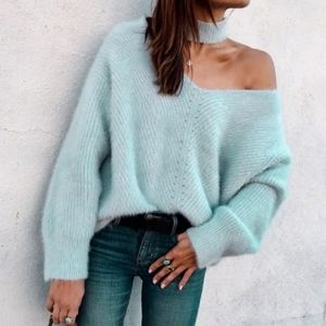 New Cold Shoulder Knitted Sweater